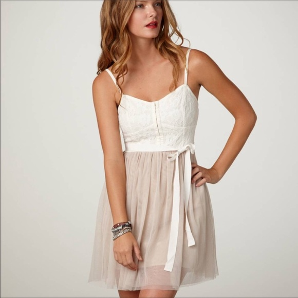 3411ba21d9c American Eagle Outfitters Dresses   Skirts - American Eagle corset dress  with blush tulle skirt